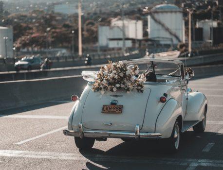 Cómo debe ser el coche ideal para el día de tu boda